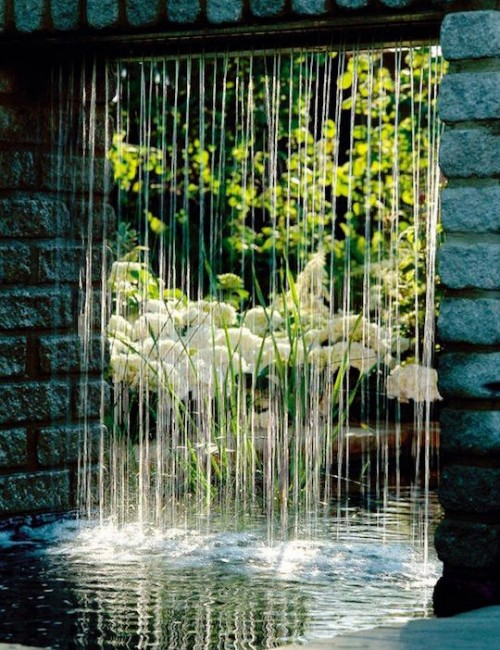 rain-curtain-water-feature